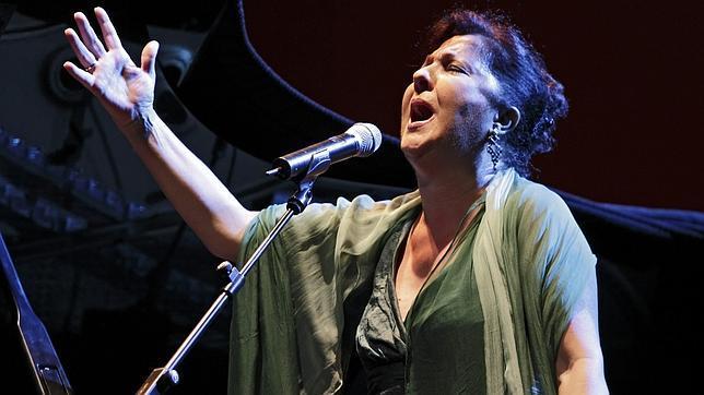 Carmen Linares en el Teatro de la Maestranza en 2012