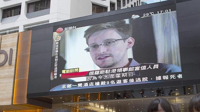 Snowden insta a la comunidad tecnológica a solucionar el problema de la privacidad