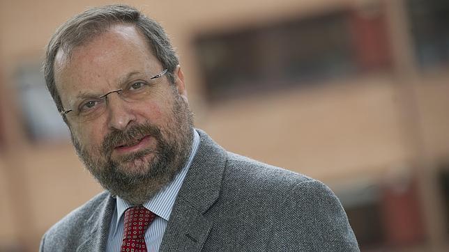 José Miguel Villarig: «Las medidas del Gobierno en energía son recaudatorias y a corto plazo»