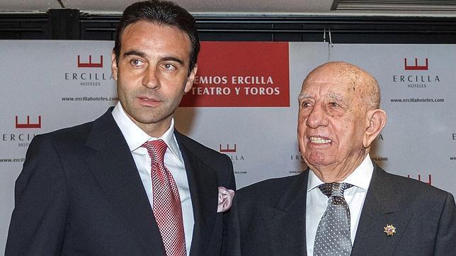 Ponce y Victorino recogen los premios Ercilla en Bilbao