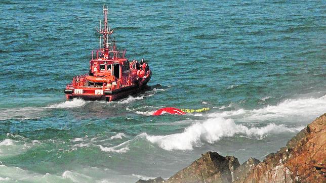 El rescate más difícil del pesquero Santa Ana
