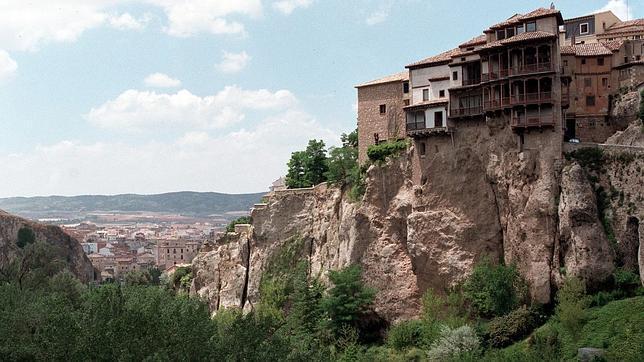 Bell simos pueblos de espa a al borde de un precipicio - Casas gratis en pueblos de espana ...