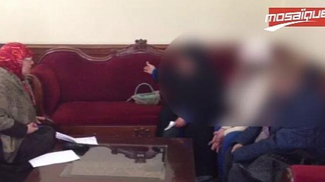 Prostitutas tunecinas protestan por el cierre de su burdel por salafistas