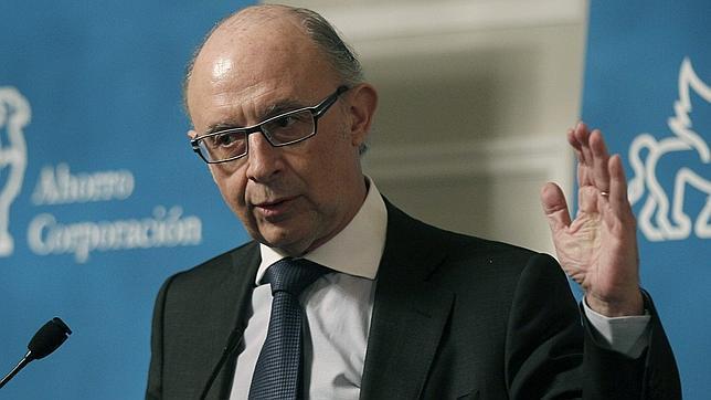 El comité de expertos entrega este jueves al Gobierno su propuesta sobre la reforma fiscal