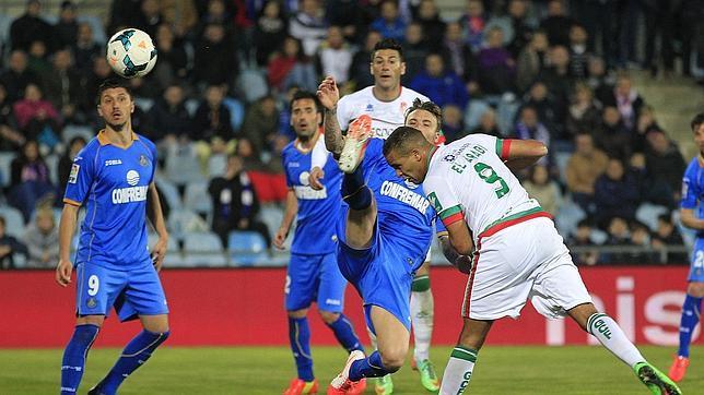 Reparto de puntos entre Getafe y Granada en un partido loco