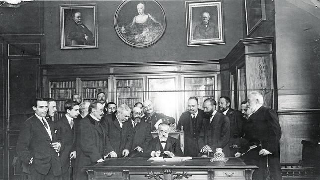 Menéndez Pelayo y la nación hecha historia