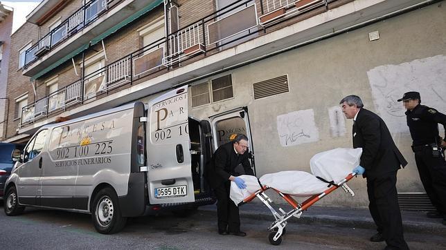 El detenido por la muerte a puñaladas de su expareja en Madrid confiesa el crimen