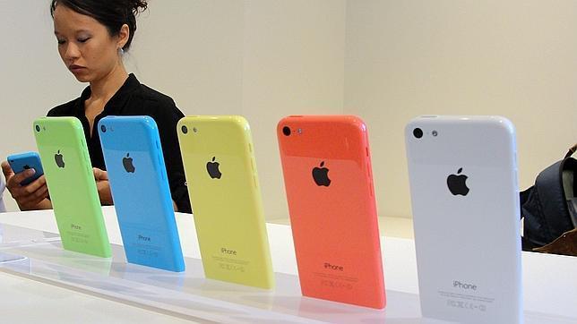 Apple lanza un iPhone 5C más barato con capacidad para 8 Gb