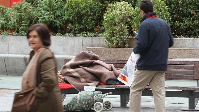 España es el país de la OCDE donde más han aumentado las desigualdades entre ricos y pobres