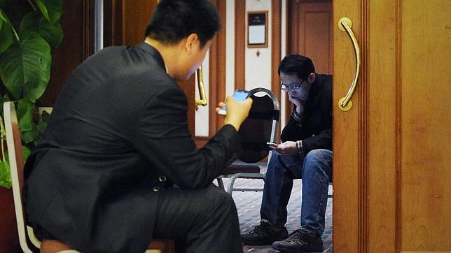 ¿Por qué los pasajeros del vuelo MH370 de Malaysia Airlines no usaron sus móviles?