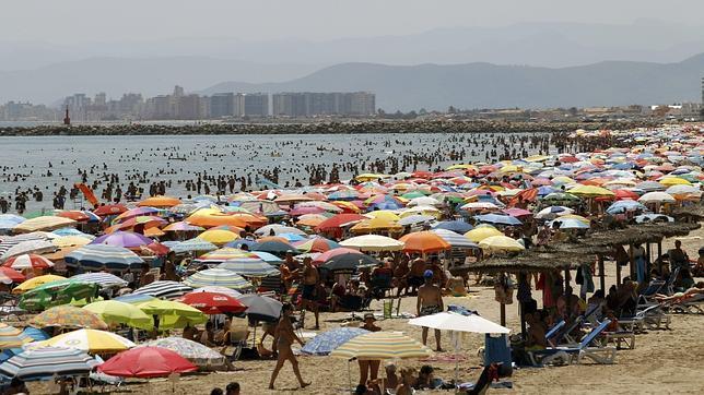 El sector turístico crecerá un 2% en España durante 2014