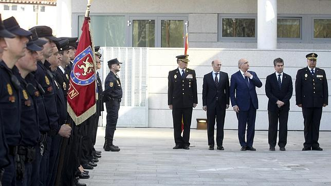 Fern ndez d az felicita a la comisar a general de for Ministerio del interior comisarias