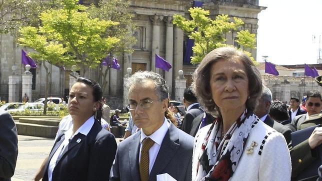 Sorprendente paseo de la Reina por el centro histórico de Guatemala