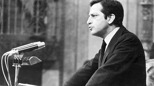 Muere Adolfo Suárez, principal artífice de la Transición española