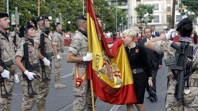Resultado de imagen de civiles juran bandera
