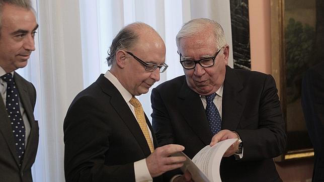 Las deducciones en el IRPF que los expertos quieren eliminar con la reforma fiscal