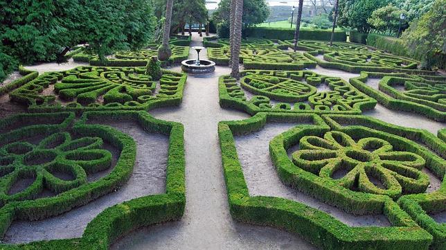 Los pazos y jardines m s bellos de galicia donde ver camelias for Jardines galicia
