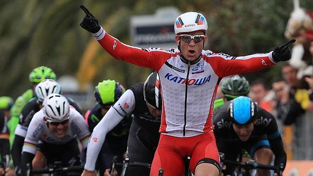 El noruego Kristoff sorprende a los favoritos en la Milán-San Remo