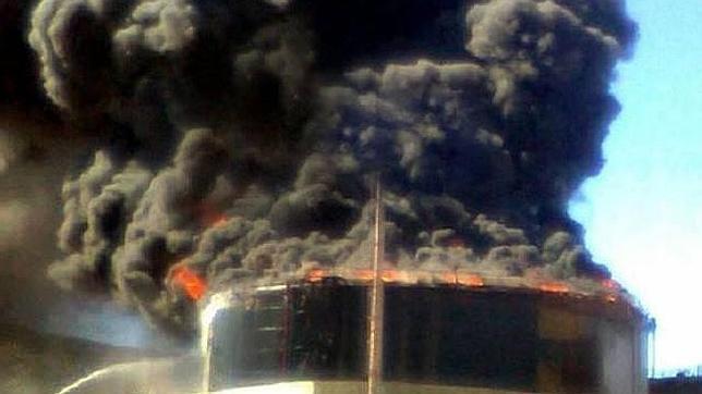 Controlado el incendio en una planta de petróleo de YPF en Argentina