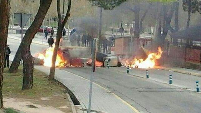 la polica interviene en la universidad autnoma y en somosaguas por barricadas y quema de