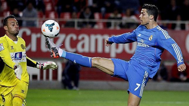0e31c3bf27b8a El Real Madrid se deja media liga en Sevilla