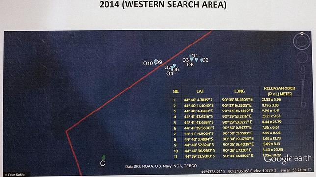 A French satellite detected 122 possible wreckage disappeared Malaysia