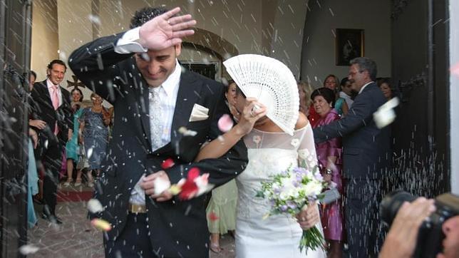 Un restaurante tendrá que pagar 7.000 euros a una novia a la que provocó taquicardia al cancelar su banquete de boda