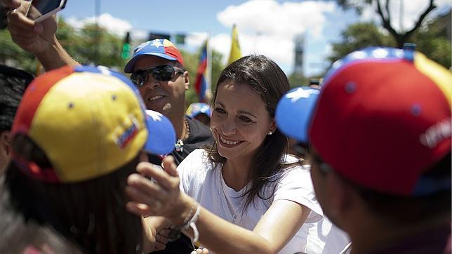 El Supremo venezolano avala la pérdida del escaño de la opositora Corina Machado