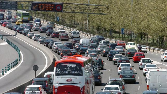 Las congestiones de tráfico disminuyen en España un 63% por la crisis