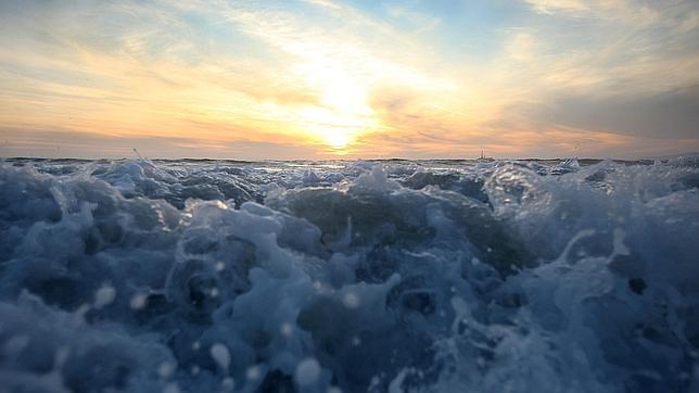 ¿Por qué se producen las mareas?