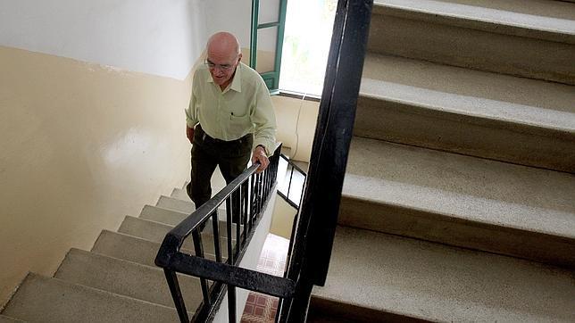Subir escaleras siete minutos al d a mejora la salud for Cubre escaleras