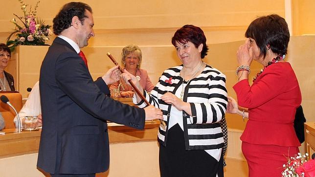 Clara Luquero se convierte en la primera alcaldesa de Segovia