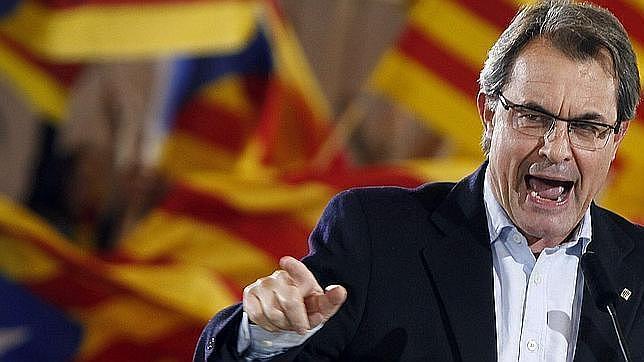Mentiras del independentismo catalán: un desafío sin validez jurídica