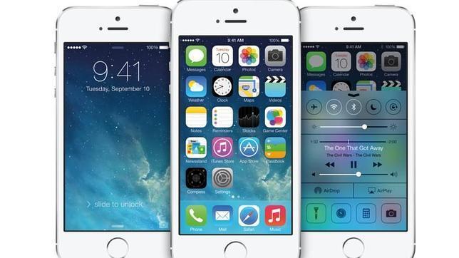 Imagen oficial de iOS 7 en iPhone