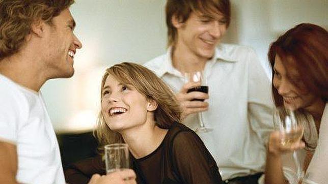 Resultado de imagen para mujer enamorada no es infiel ni estando borracha según estudios