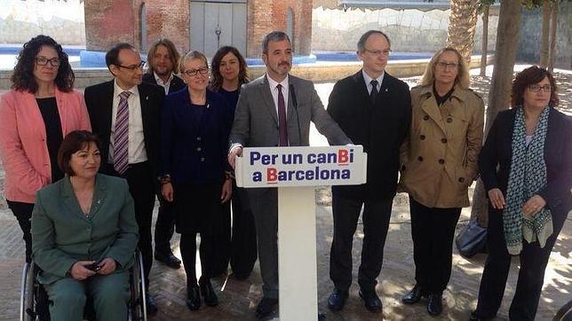 Collboni presenta el nuevo PSC de Barcelona con Carmen Andrés en su equipo