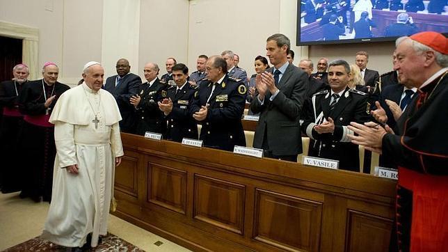 El Papa consuela a cuatro víctimas de la prostitución en esclavitud
