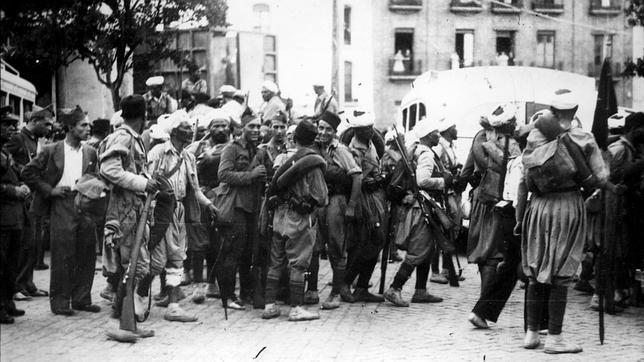 Soldados nacionales, un día después del alzamiento