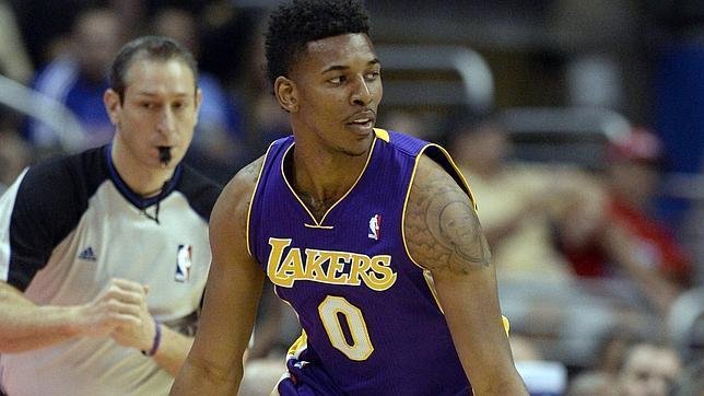 Los Lakers baten su récord de derrotas