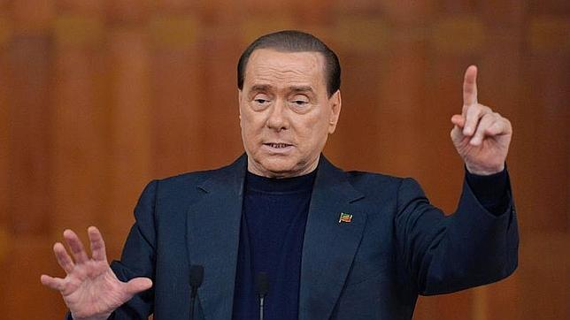 Berlusconi expiará su pena por fraude fiscal cuidando ancianos durante un año