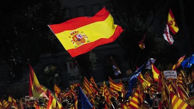 Los cronistas catalanes se muestran españoles más allá de la geografía