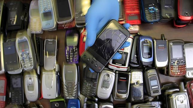En España se desechan 20 millones de móviles cada año