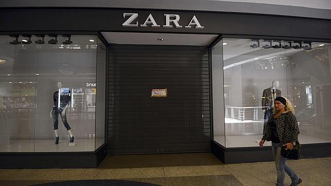 Zara cierra tres de sus tiendas en Venezuela por la política de Maduro