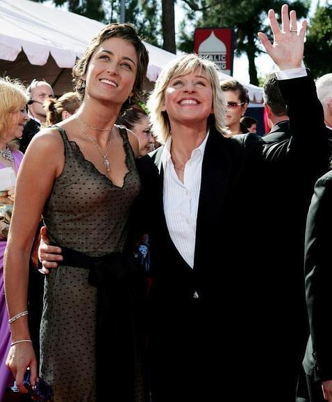 Alexandra Hedison (izq.), junto a su exnovia Ellen DeGeneres