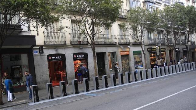 Madrid ya tiene listos los postes de recarga de la bicicleta eléctrica