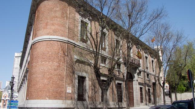 Fachada principal del palacio del marqués de Grimaldi