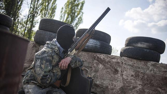 Los prorrusos de Slaviansk afirman haber derribado dos helicópteros durante una operación ucraniana