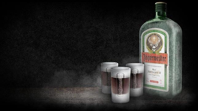 Jägermeister: el «anestésico» utilizado por las tropas de Hitler que causa furor en las discotecas españolas