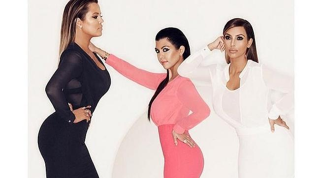 Las hermanas Kardashian son muy propensas a lucir vestidos «body con»