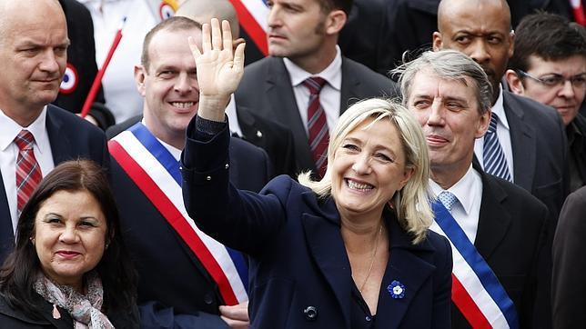 Partidos euroescépticos a la sombra de Bruselas